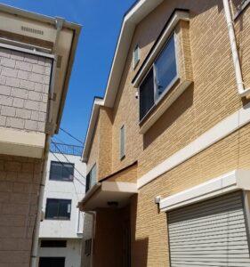 足場組み立て、一般住宅、アパート、マンション、大規模な建物の費用相場の一括見積もりが可能です